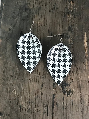 Black and White Hounds tooth Earrings