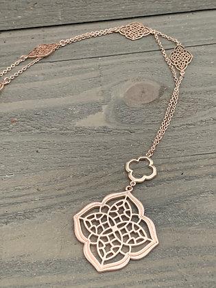 Rose gold quatrefoil long necklace