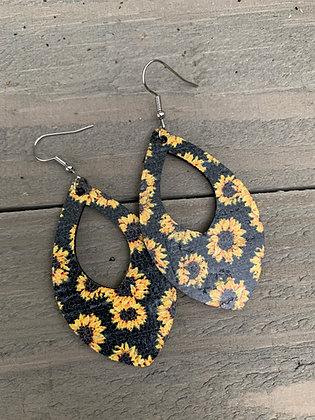 Black Sunflower Cork Teardrop Earring