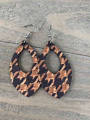 Tan and Black Houndstooth Cork Teardrop Earring