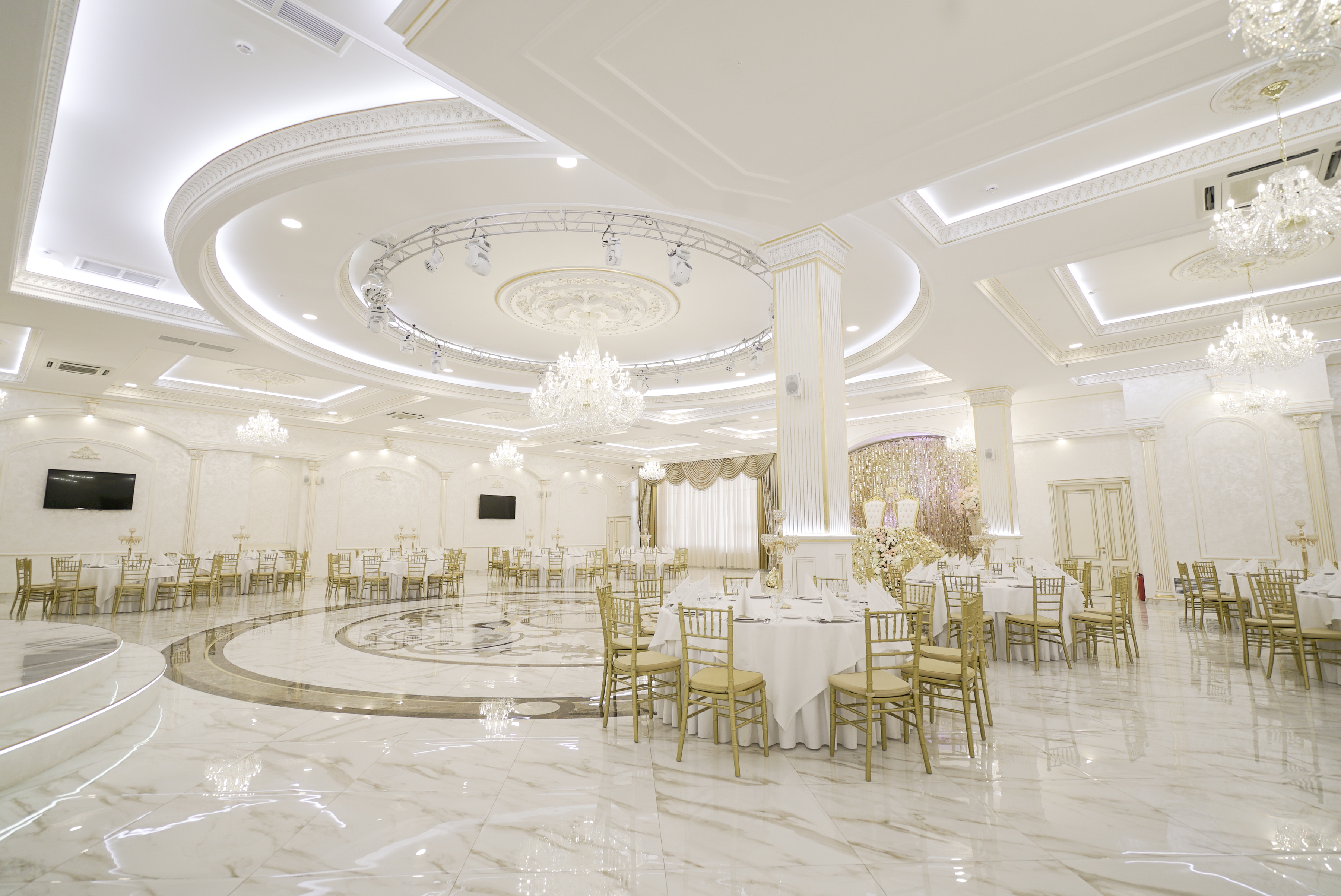 Big Hall 20