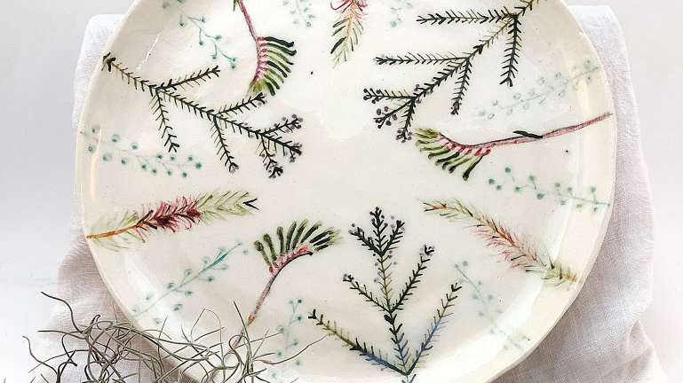 Platter with Australian flora motives