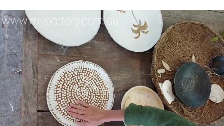 Stoneware platter , nice warm gold undertones, d-31cm