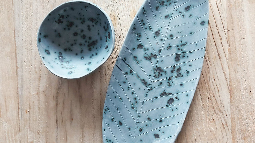 Set of platter and bowl