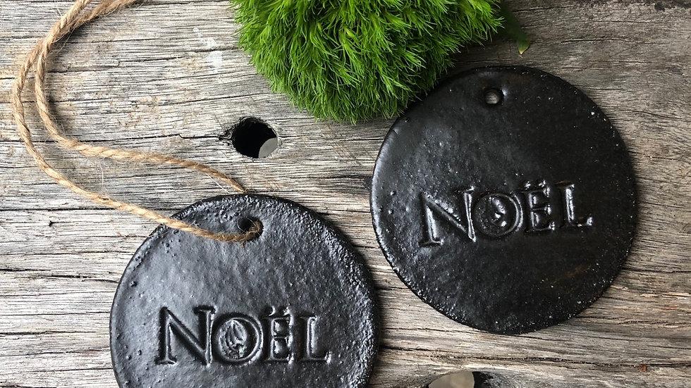 Noel charcoal glaze