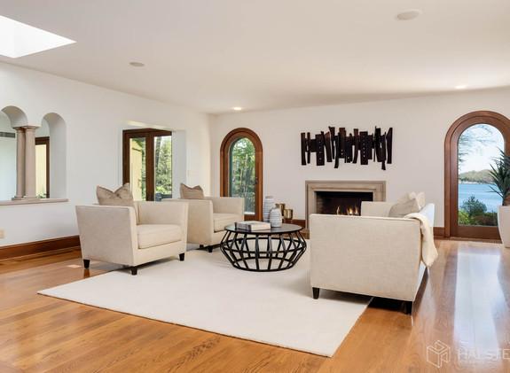 Family Room Oblique.jpg