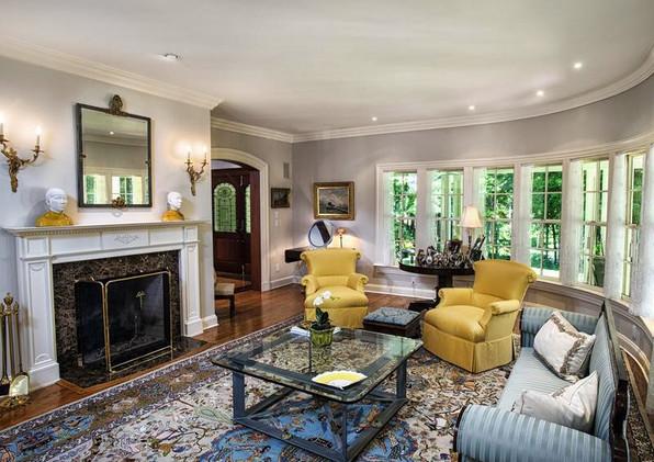 Sprague Residence- Living Room Arc Wall.