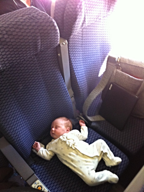 Guide to: When can your baby start to travel