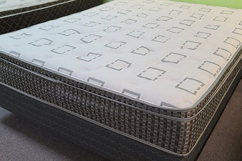 "SPRING AIR ""Sleepy's"" Eurotop mattress! Soft and affordable!"