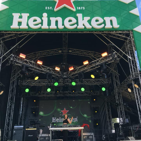 Heineken x Fox FM Stage - FORMULA 1