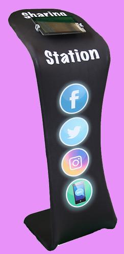 Social Sharing Station
