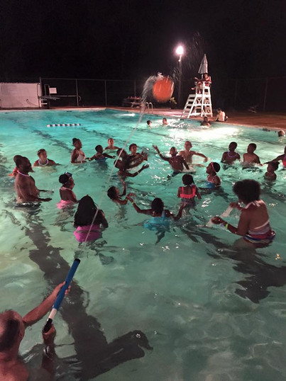 Pool party - Copy.jpg