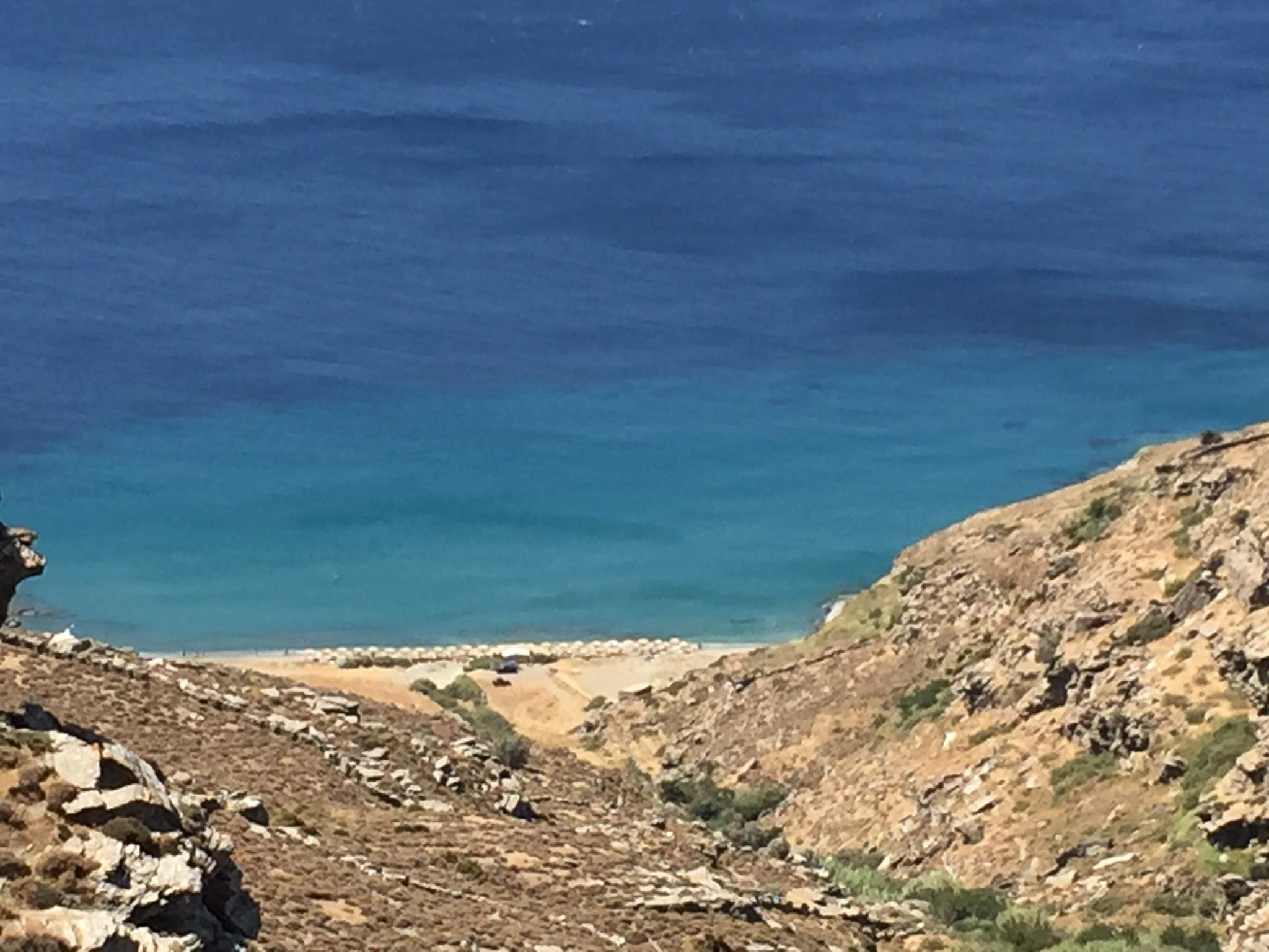 Chalkolimionas beach