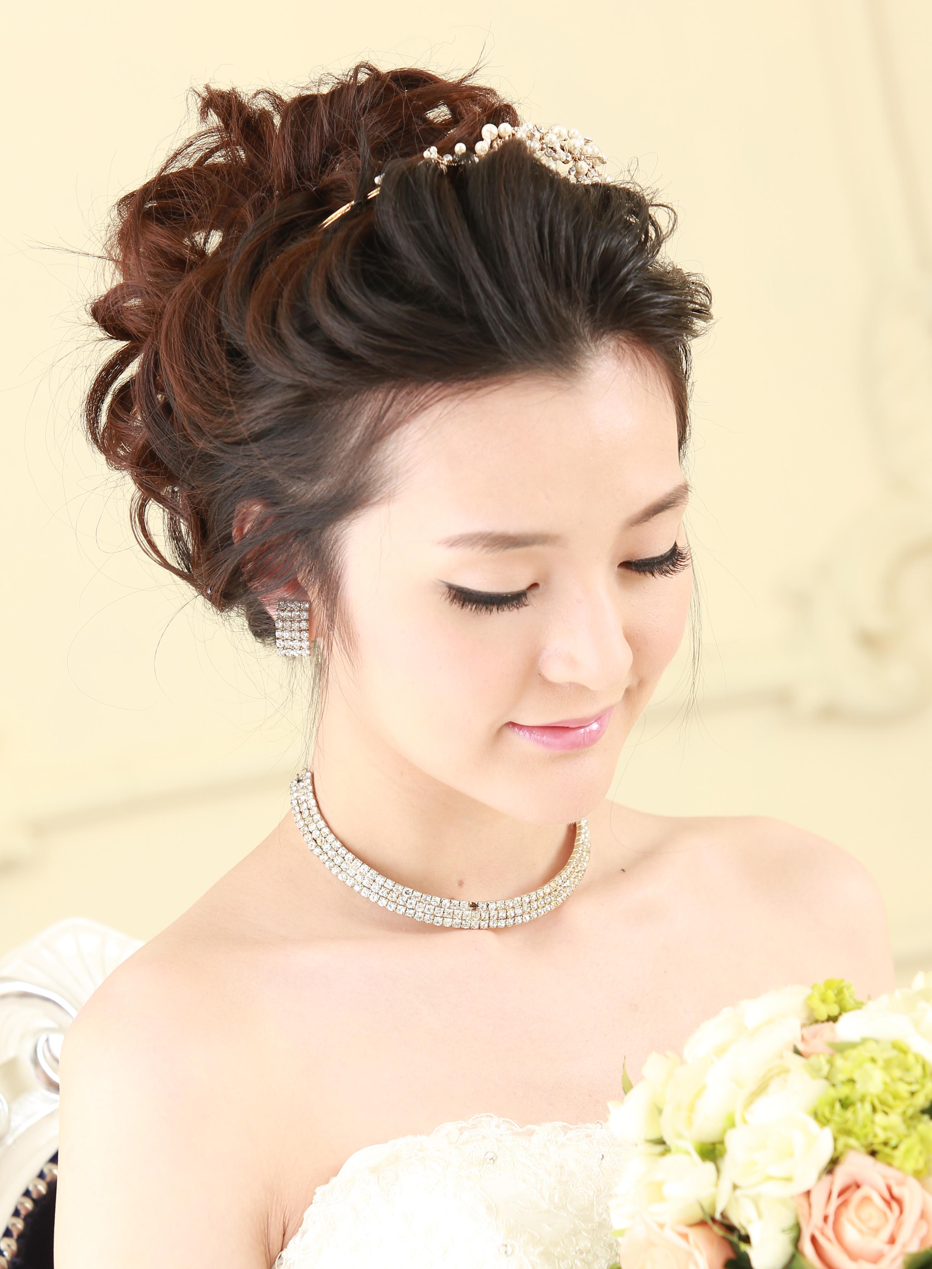 Bridal28bycarisng.jpg