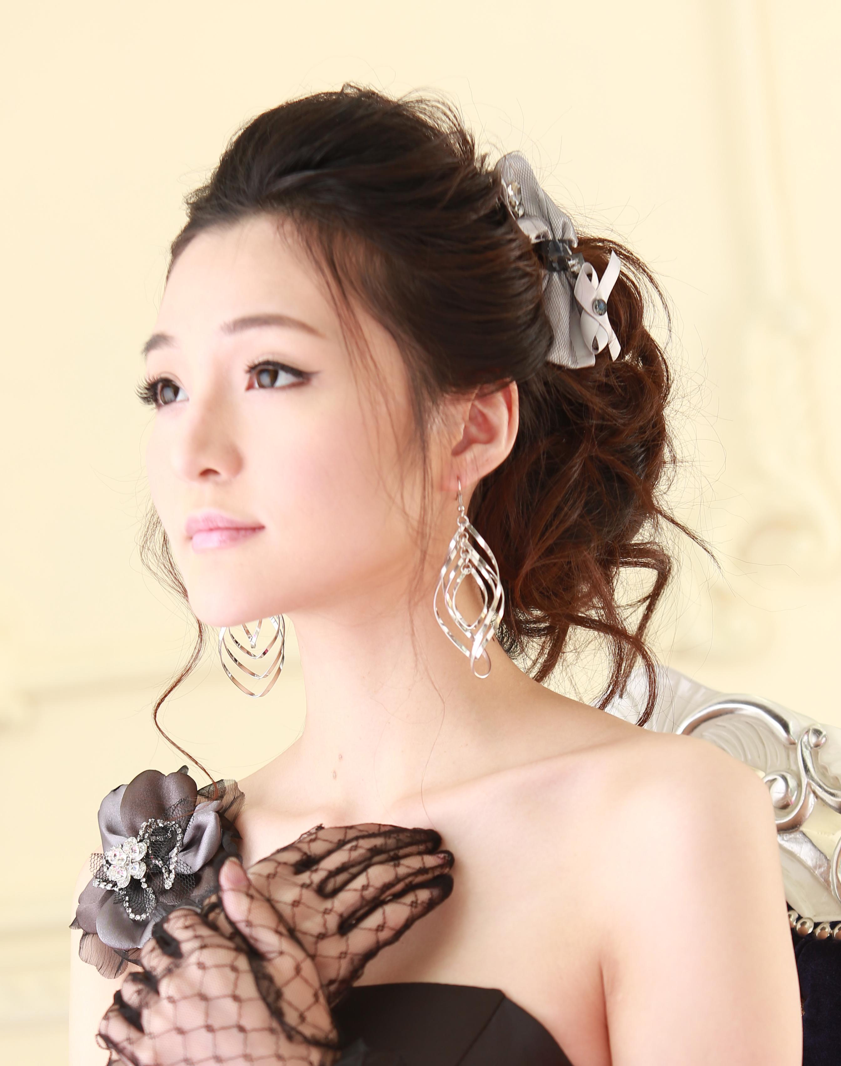 Bridal29bycarisng.jpg