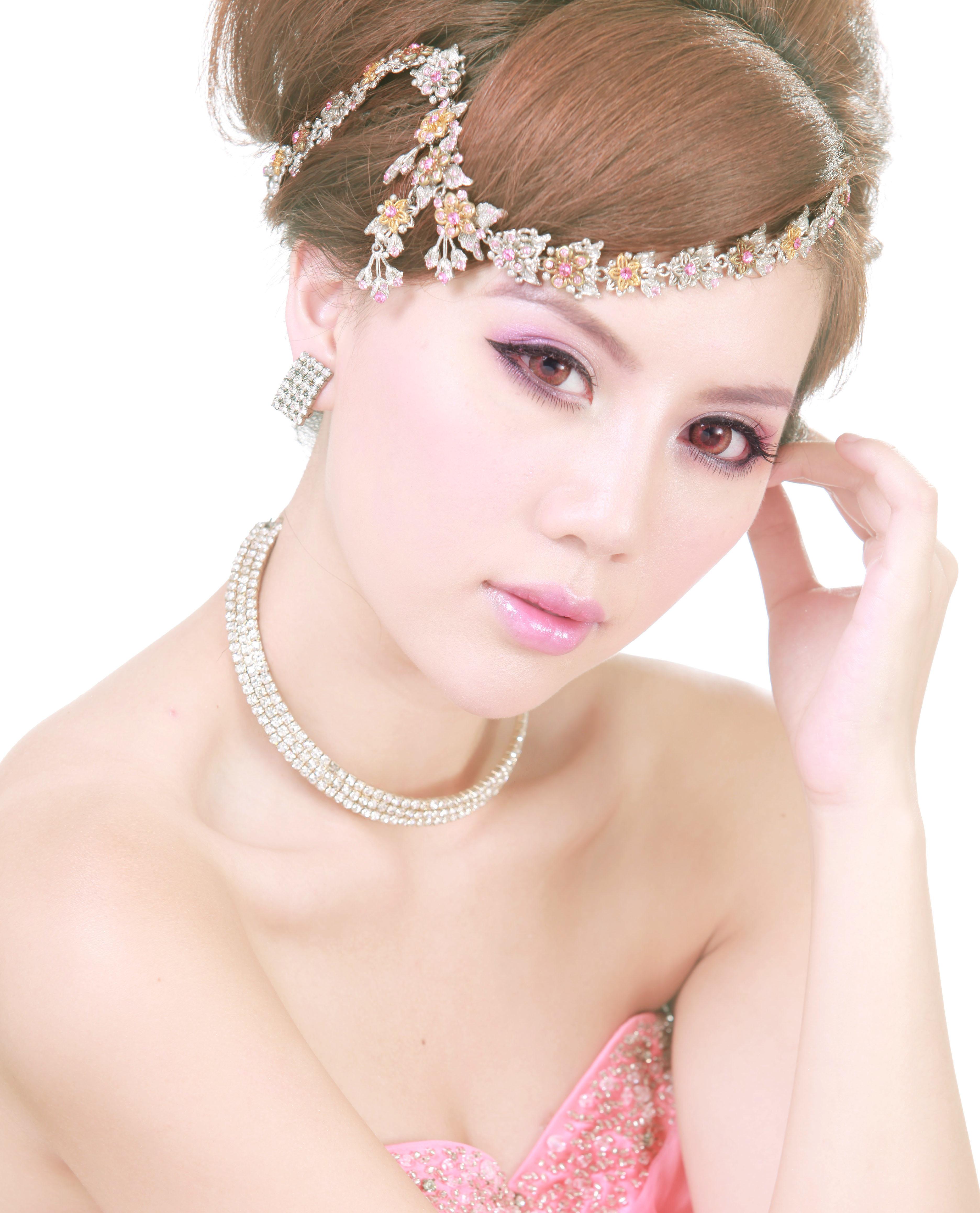 Bridal16bycarisng.jpg