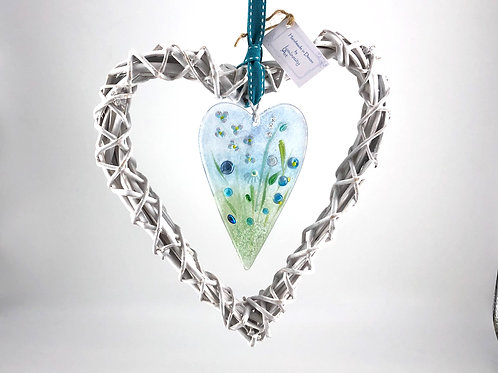 Glass Meadow Wicker Heart Design 1