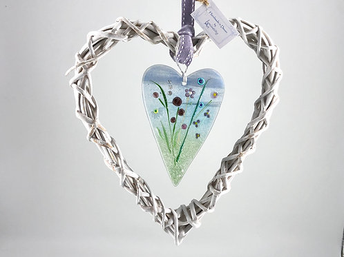 Glass Meadow Wicker Heart Design 2