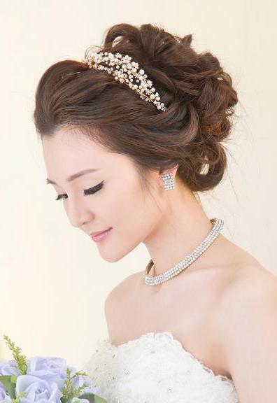 Bridal20bycarisng.jpg