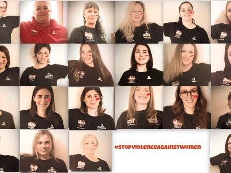 Reggiana Nuoto asd dice stop! Giornata mondiale contro la violenza sulle donne.