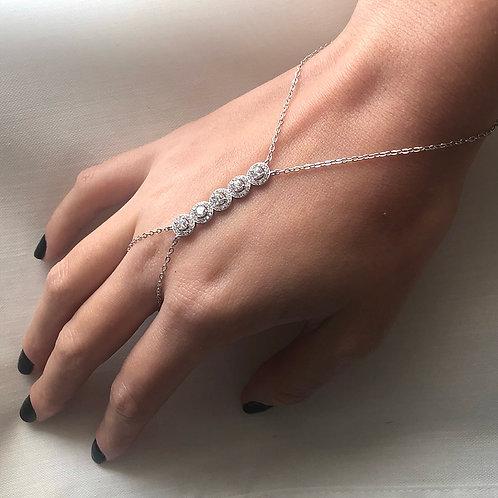 Diamonds ring bracelet