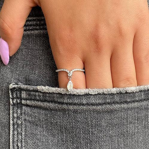 Falling Stone Ring