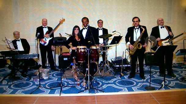 MC Review - Best wedding and event band in Newport
