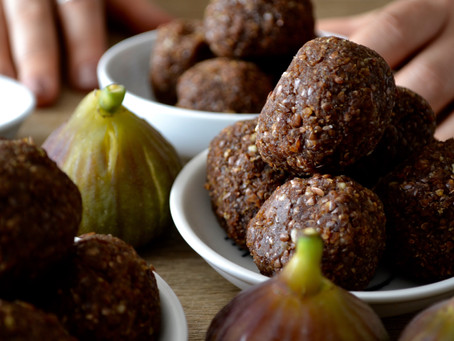 Fibre-Rich Flax & Fig Bliss Balls