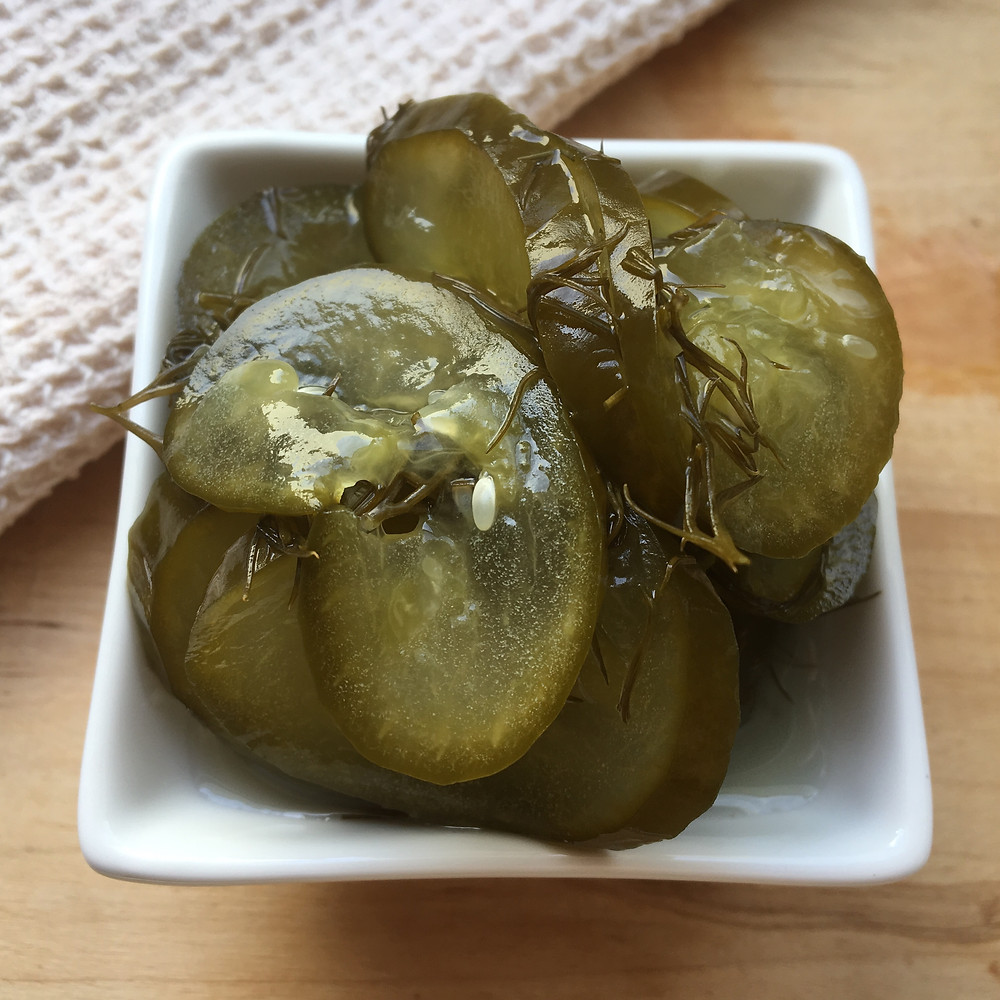 Low FODMAP fermented dill pickles