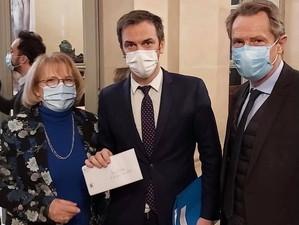 Un courrier pour alerter Olivier Véran sur les cas de cancers pédiatriques survenus dans le Jura