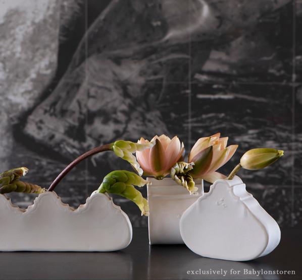 cara bauermeister ceramics gable vase.jp