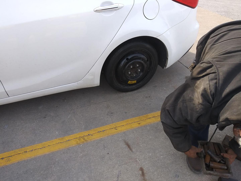 Roadside Assistance   Chicago   773-931-2329