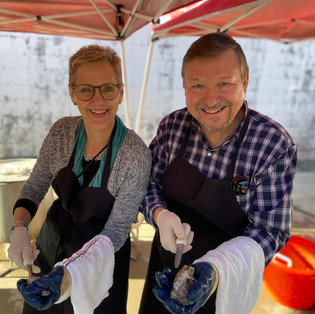 Oyster shucking lessons