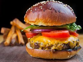 burger: the queen cheeseburger