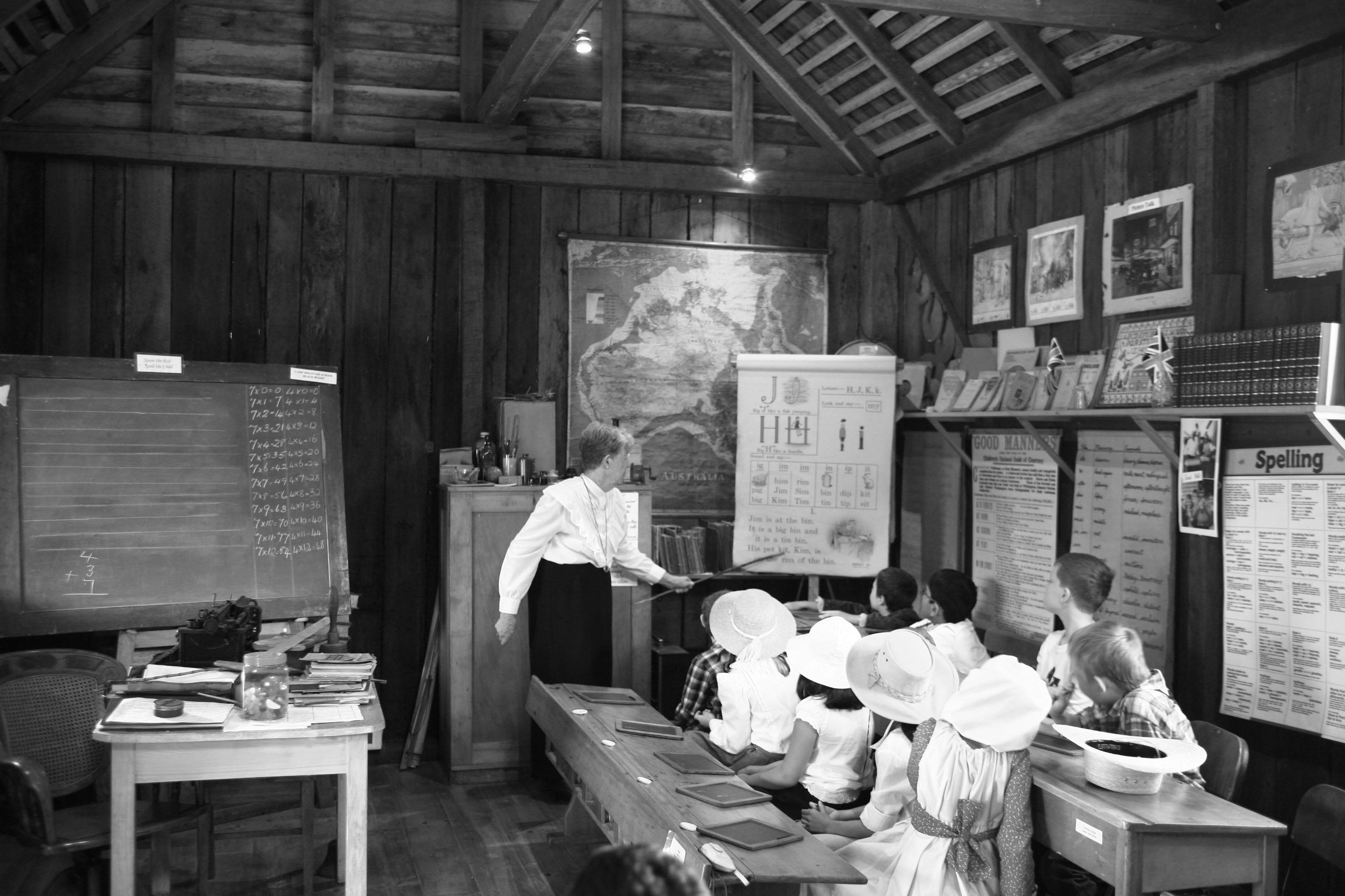 Replica 1872 classrom.