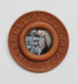 circular frame.jpg