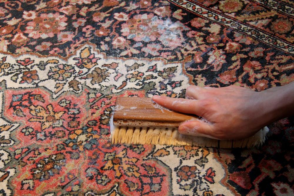 Методи самостійного чищення килиму | Пральня килимів №1 КилимКо