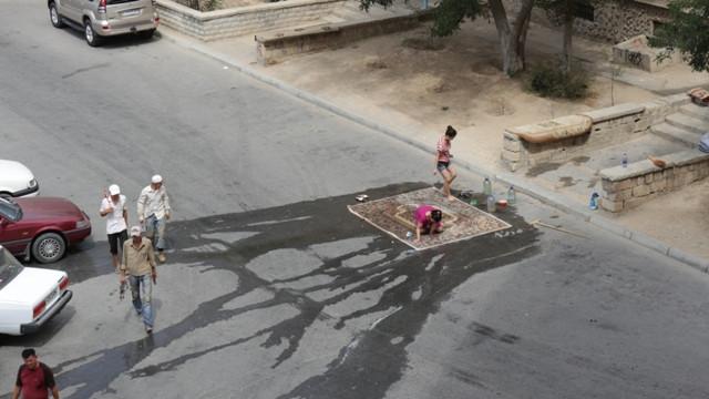 Чому прання килимів на автомийках шкідливе