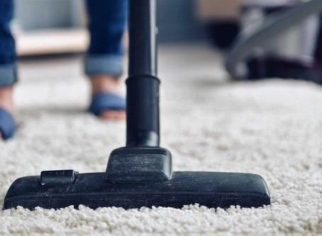 Поширені помилки при чищенні килимів в домашніх умовах