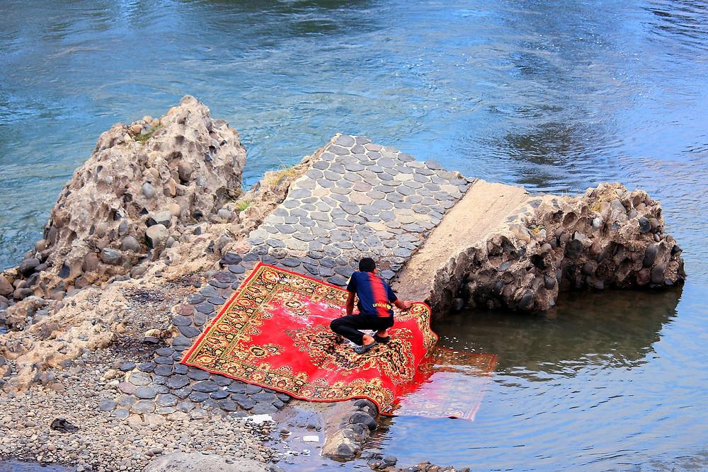 Як чистити килим?|КилимКо Хмельницький|чистка килимів|Хімчистка килмів|пральня килимів