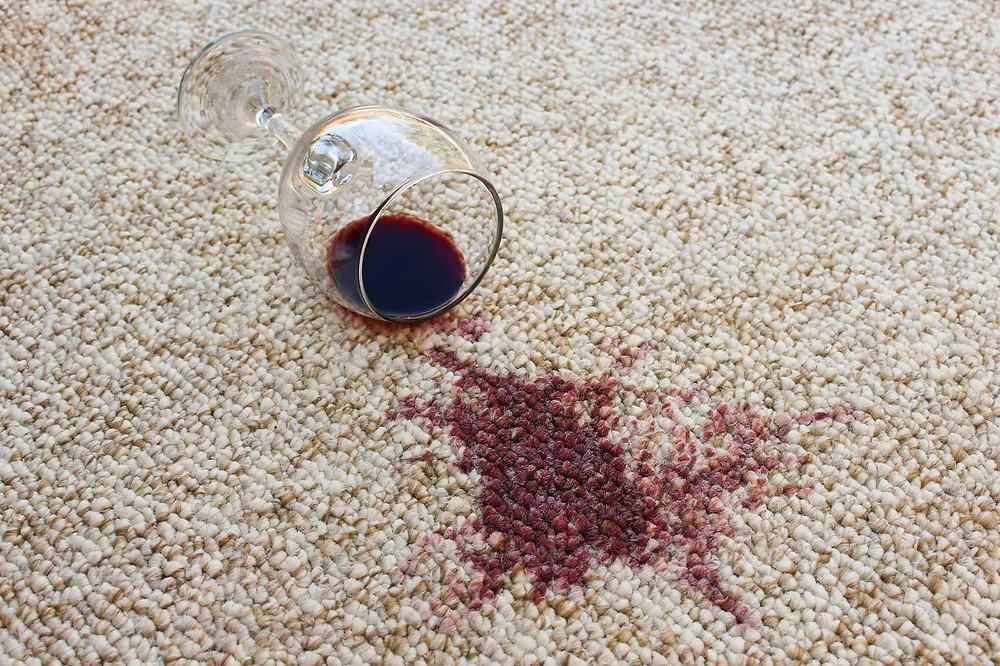 Брудний килим