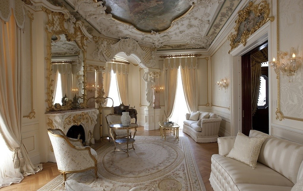 Килим бароко в інтер'єрі | КилимКо - прання килимів Хмельницький