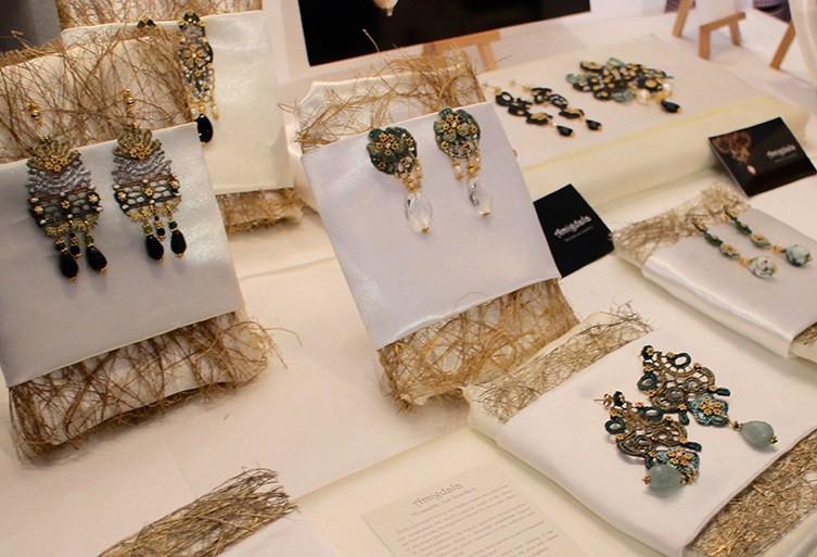 lace-jewellery