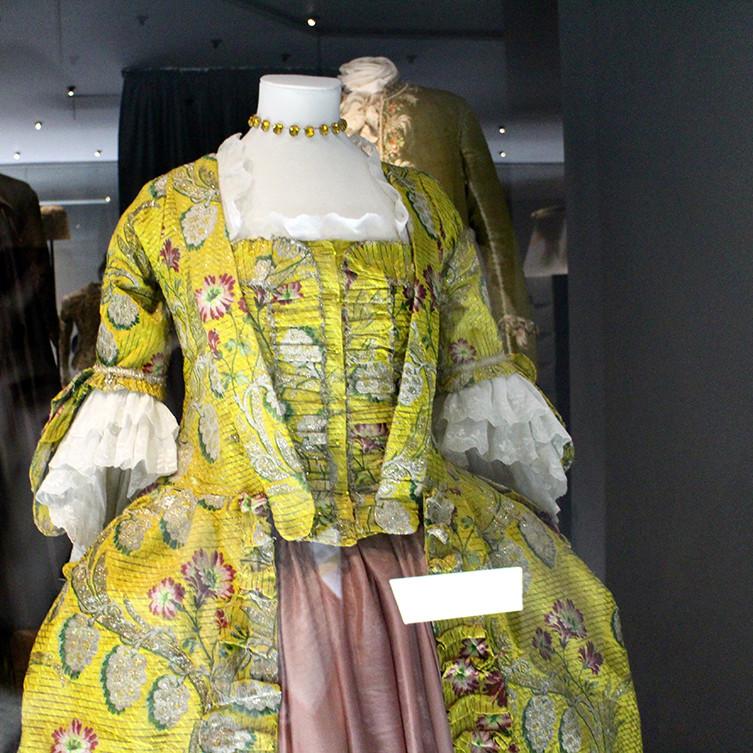 fashion-museum-11