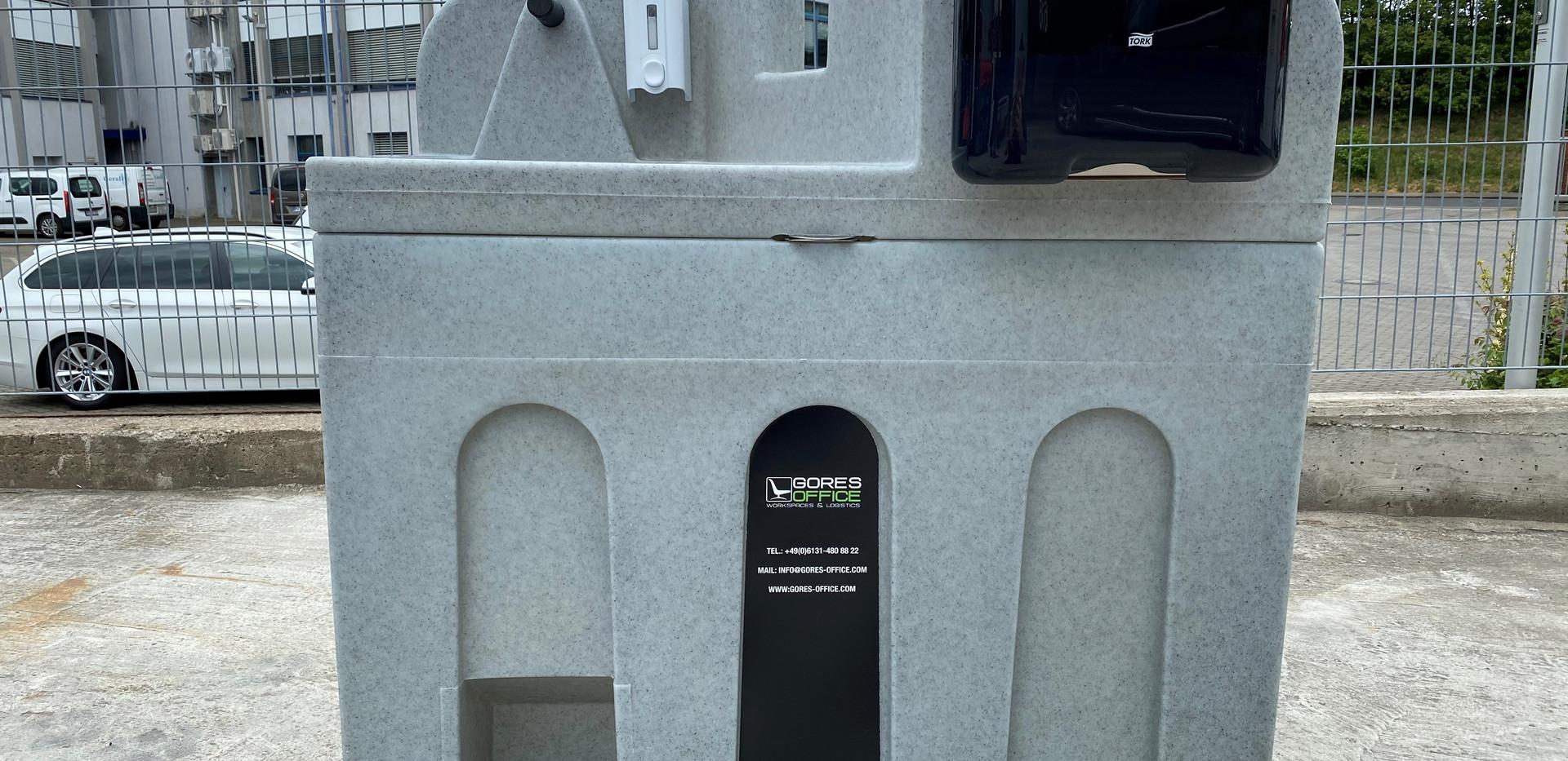 Gores Office Handwaschbecken Front.jpg