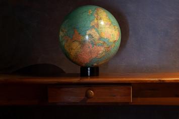 2-5 wereld op zijn kop.jpg