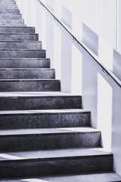 stairs-grayscale-photography-921025.jpg