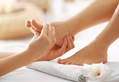 The-Top-10-Health-Benefits-Of-Foot-Massage-And-Reflexology.jpg