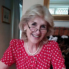 Carolyn Lloyd-Davies.jpg