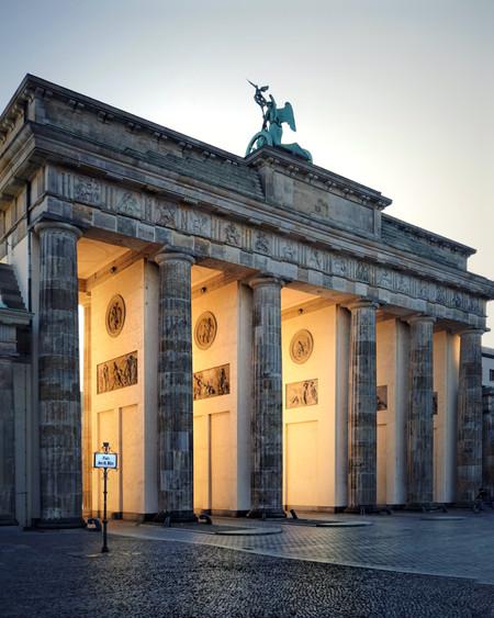 Golden Lights Of Berlin